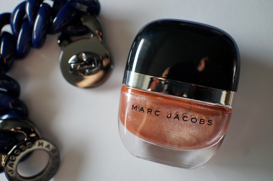 prepare for dazzle marc jacobs enamored hi shine nail lacquer in le charm macarons and mischief. Black Bedroom Furniture Sets. Home Design Ideas