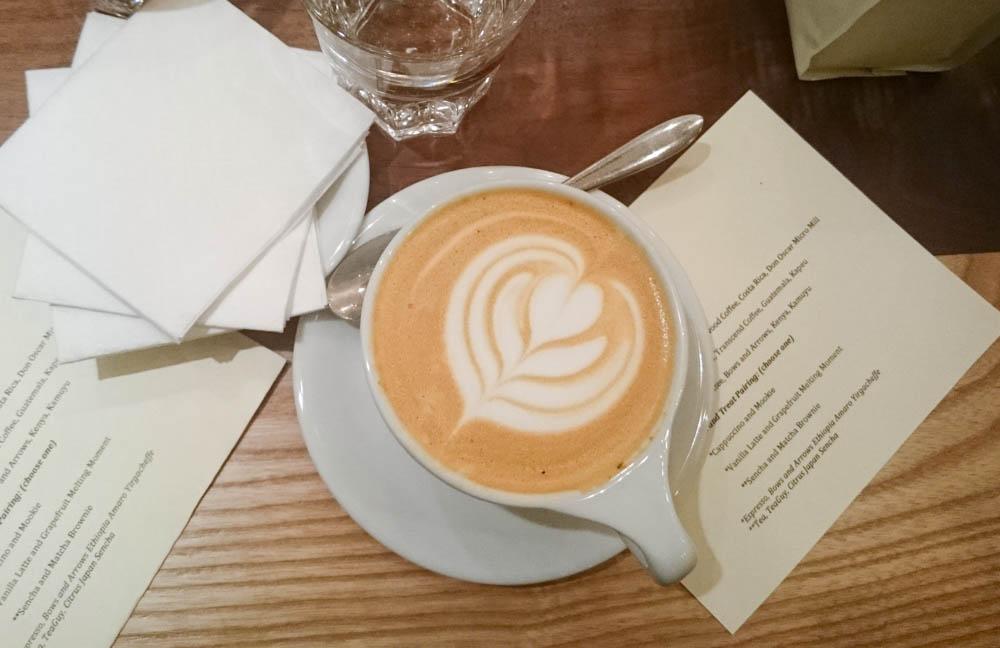 Vancouver Coffee Shops: Bump N' Grind
